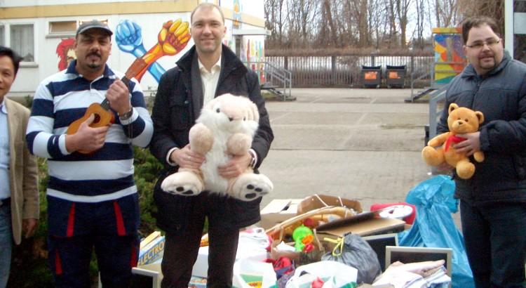 Spendenaktion für Flüchtlinge von Daniel Buchholz SPD