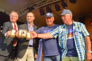 Deutsch-Amerik Volksfest DAV Fassanstich Foto v Udo Lauer no4