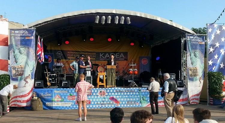 deutsch-amerikanisches-volksfest-dav-berlin-eroeffnung-24-07-2015