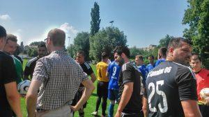 Ballspende an FC Spandau 06 Buchholz no4